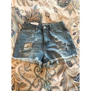 Vintage ultra high rise shorts ✨